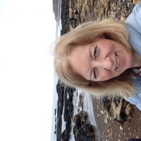Profile photo for Maureen Henderson
