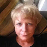 Profile photo for Beth Harris
