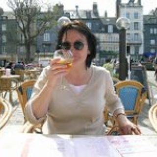 Profile photo for Yvonne Garraway