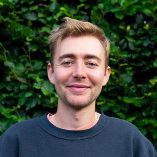 Profile photo for Harvey Loake