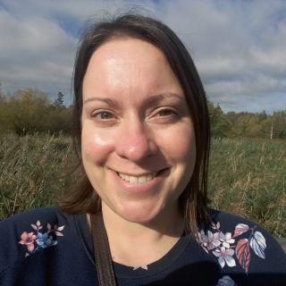 Profile photo for Liz COOPER