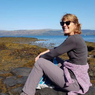 Profile photo for Julie Payne