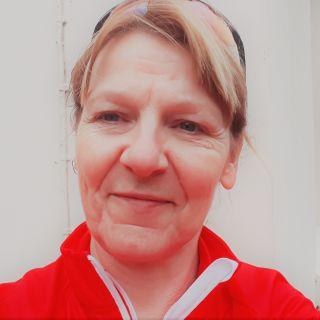 Profile photo for April Lewis