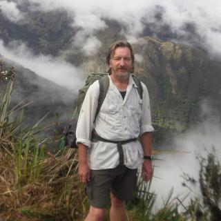 Profile photo for David Cross