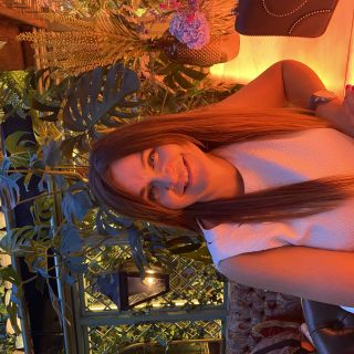 Profile photo for Lianne Huntington