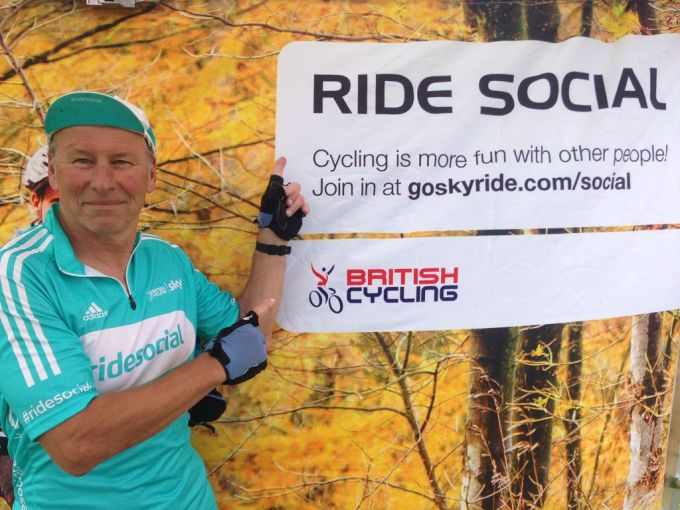 And before the ride Lew is doing is bit to promote Ride Social at the Skyride/breeze/ride social stand at Swindon's first Cycle fest