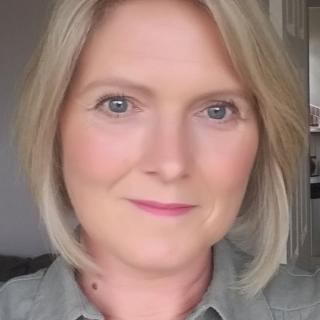 Profile photo for Sharon Woardby