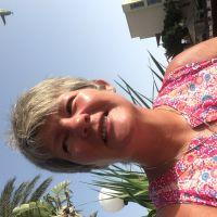 Profile photo for Lorna Hyslop