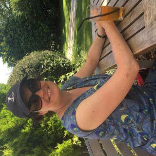Profile photo for Sue Albu