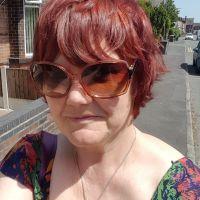 Profile photo for Linda Holt