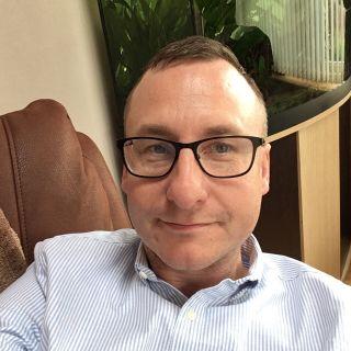 Profile photo for Darren Hollington