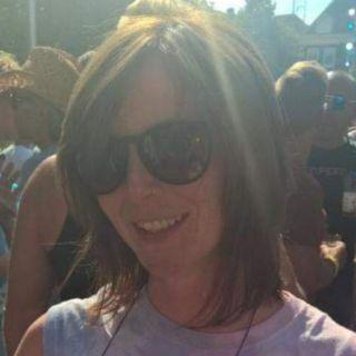 Profile photo for Jo R Morris