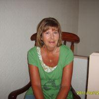 Profile photo for Joan Worthington