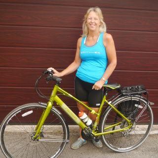 Profile photo for Julie Wearden
