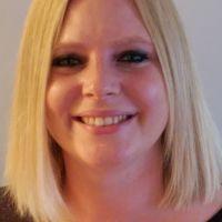 Profile photo for Lisa  Henschen