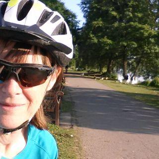 Profile photo for Jane Dumont-Jones
