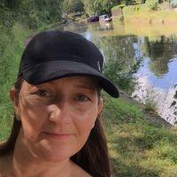 Profile photo for Dawn Glynn