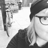 Profile photo for Jeni  Scott