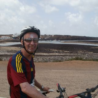 Profile photo for Neil Algar