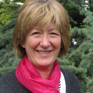 Profile photo for Mary Elliott