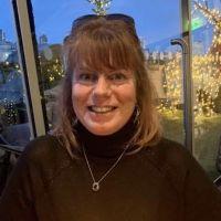 Profile photo for Suzanne Shields