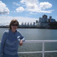 Profile photo for Julia Horsman